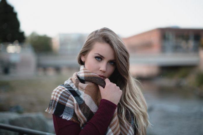 Der passende Schal für die einzelnen Figur- und Farbtypen