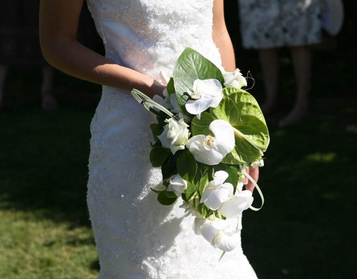 Brautkleid kaufen: Checkliste für den optimalen Zeitplan