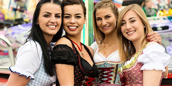 Trachtenmode für zünftige Feiern nicht nur in Bayern beliebt